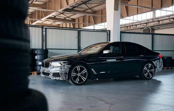 BMW Seria 5 a fost transformat în cobai pentru testarea viitoarelor sisteme electrice de propulsie: trei motoare și peste 720 CP - Poza 8