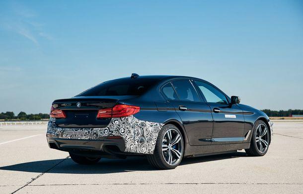 BMW Seria 5 a fost transformat în cobai pentru testarea viitoarelor sisteme electrice de propulsie: trei motoare și peste 720 CP - Poza 4