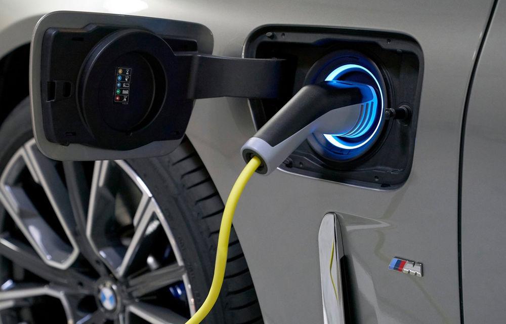 Întâlnire de gradul zero: am discutat cu șefii BMW despre hibridizarea gamei M, despre sunetul electricelor și despre soarta motorului V12 - Poza 26