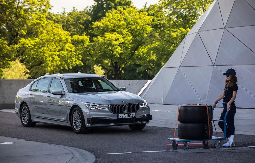 Întâlnire de gradul zero: am discutat cu șefii BMW despre hibridizarea gamei M, despre sunetul electricelor și despre soarta motorului V12 - Poza 22