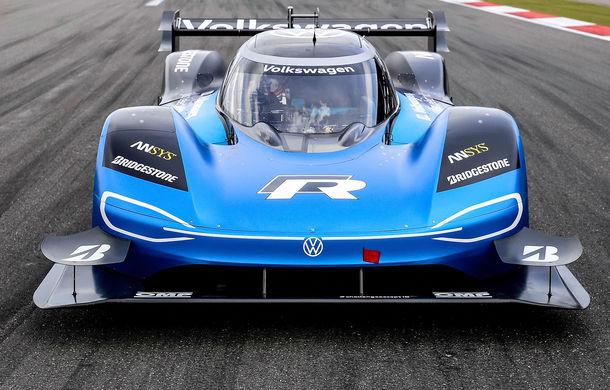 Volkswagen anunță că este gata pentru un nou record cu prototipul electric ID R: nemții vor să stabilească un timp de referință la Goodwood - Poza 1