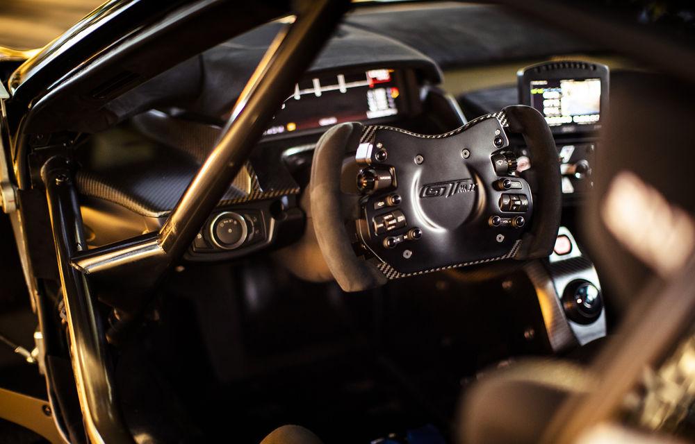 Ford a dezvăluit o versiune de circuit a supercarului GT: noul Ford GT Mk II are 700 de cai putere și costă un milion de euro - Poza 15