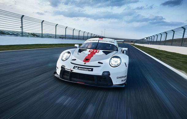 Îmbunătățiri pentru versiunea de circuit Porsche 911 RSR: motor boxer de 4.2 litri amplasat central și până la 515 CP - Poza 1