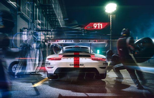 Îmbunătățiri pentru versiunea de circuit Porsche 911 RSR: motor boxer de 4.2 litri amplasat central și până la 515 CP - Poza 12