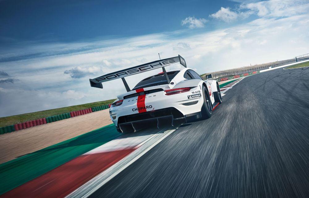 Îmbunătățiri pentru versiunea de circuit Porsche 911 RSR: motor boxer de 4.2 litri amplasat central și până la 515 CP - Poza 10
