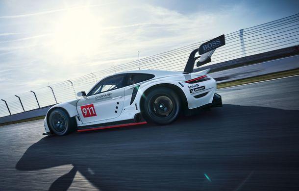 Îmbunătățiri pentru versiunea de circuit Porsche 911 RSR: motor boxer de 4.2 litri amplasat central și până la 515 CP - Poza 5