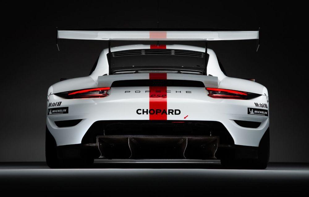 Îmbunătățiri pentru versiunea de circuit Porsche 911 RSR: motor boxer de 4.2 litri amplasat central și până la 515 CP - Poza 7