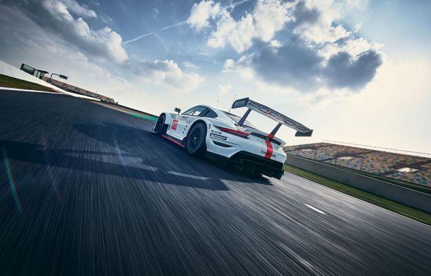 Îmbunătățiri pentru versiunea de circuit Porsche 911 RSR: motor boxer de 4.2 litri amplasat central și până la 515 CP - Poza 9