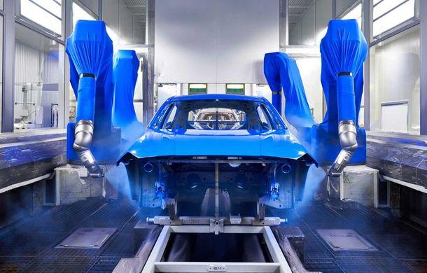 Noua generație BMW Seria 1 a intrat pe linia de producție: hatchback-ul compact este asamblat la uzina din Leipzig - Poza 6