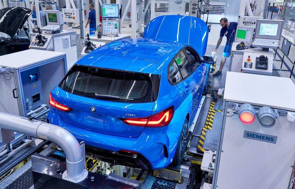 Noua generație BMW Seria 1 a intrat pe linia de producție: hatchback-ul compact este asamblat la uzina din Leipzig - Poza 9
