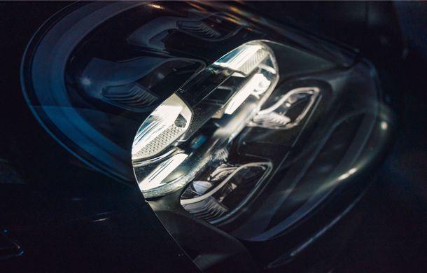 Imagini noi cu prototipul viitorului Porsche Taycan: vehiculul electric a fost pilotat de Mark Webber la Goodwood - Poza 10