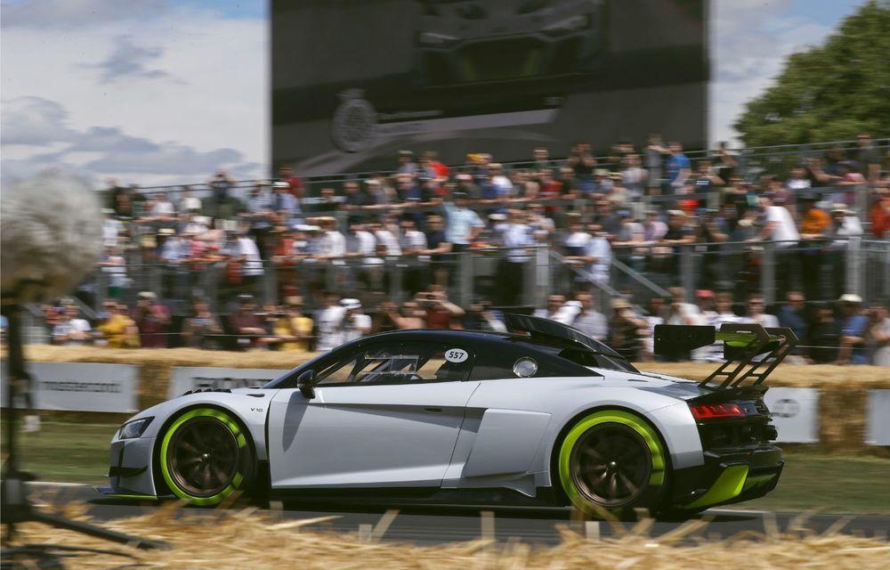 Audi a lansat noul R8 LMS GT2: versiunea de competiții cântărește 1.350 de kilograme și promite 640 CP - Poza 11