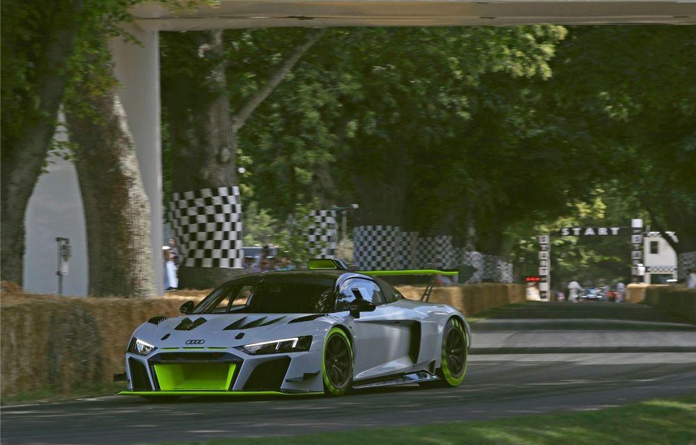 Audi a lansat noul R8 LMS GT2: versiunea de competiții cântărește 1.350 de kilograme și promite 640 CP - Poza 10