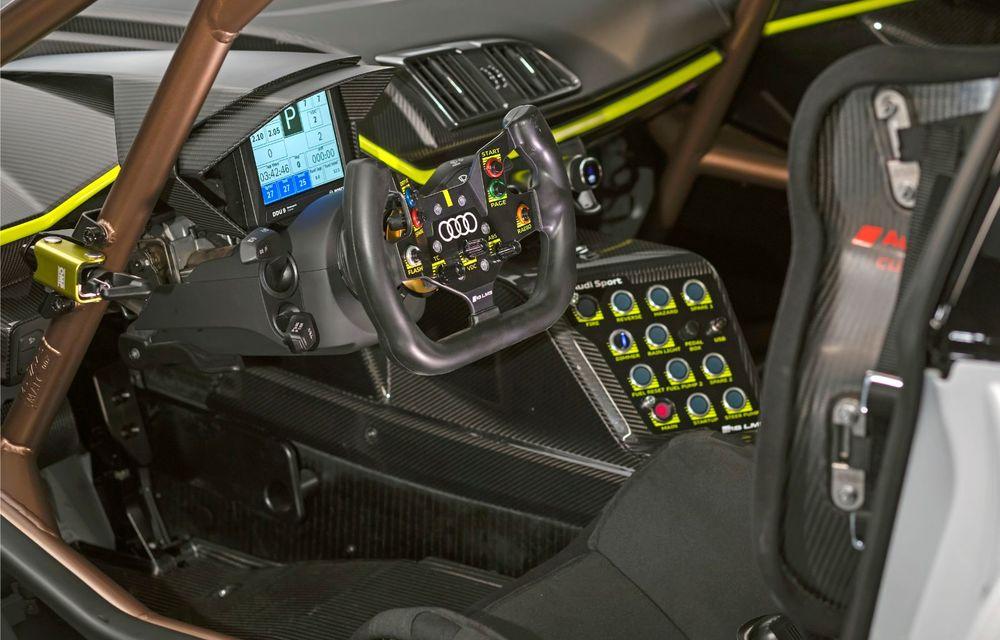 Audi a lansat noul R8 LMS GT2: versiunea de competiții cântărește 1.350 de kilograme și promite 640 CP - Poza 25