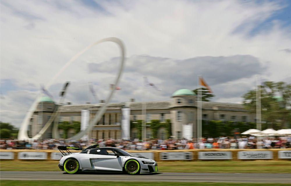 Audi a lansat noul R8 LMS GT2: versiunea de competiții cântărește 1.350 de kilograme și promite 640 CP - Poza 14