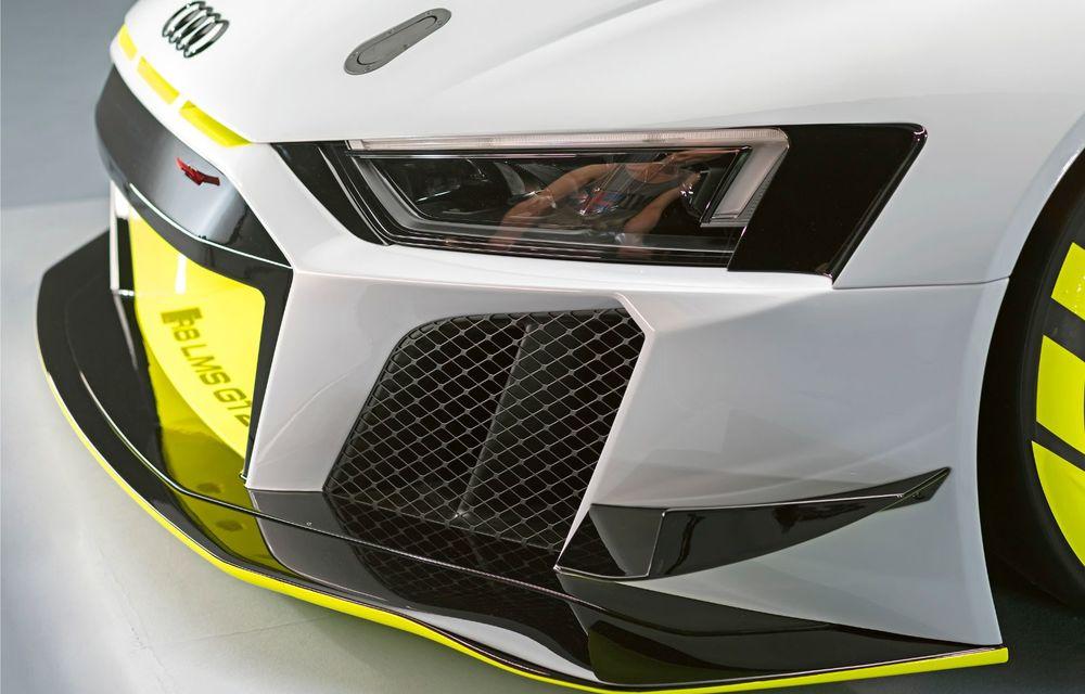 Audi a lansat noul R8 LMS GT2: versiunea de competiții cântărește 1.350 de kilograme și promite 640 CP - Poza 15