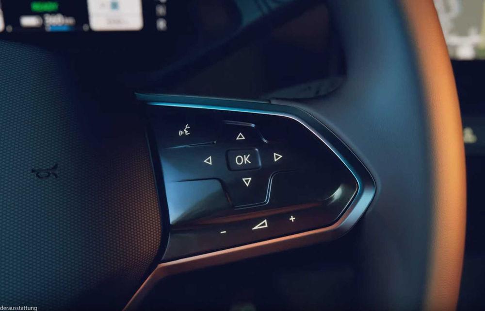 Primele imagini cu interiorul lui Volkswagen ID.3: hatchback-ul electric va fi prezentat oficial în septembrie - Poza 2