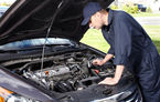 Costul manoperei pentru repararea mașinilor a crescut cu 28%: service-urile solicită tarife mai mari pentru Dacia decât pentru Volkswagen sau Skoda