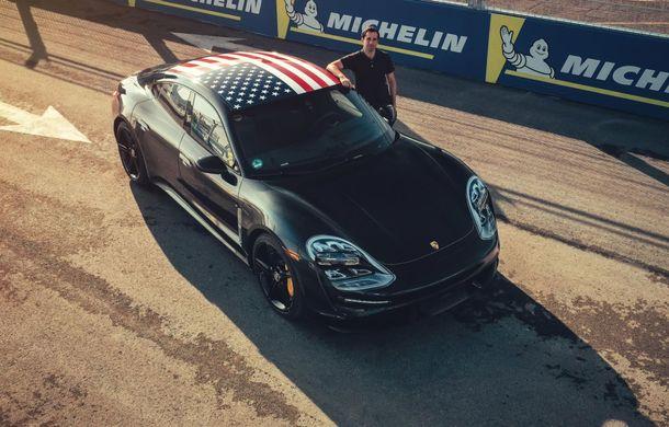 Fotografii noi cu prototipul lui Porsche Taycan: vehiculul electric a fost pilotat de Neel Jani pe circuitul stradal din New York - Poza 6