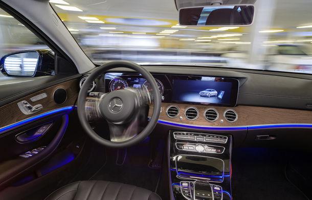 Mercedes-Benz a dezvoltat primul sistem de parcare autonomă fără supraveghere umană: tehnologia va fi testată la Stuttgart - Poza 6