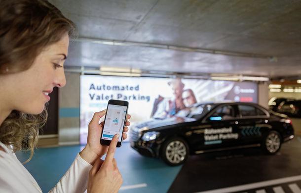 Mercedes-Benz a dezvoltat primul sistem de parcare autonomă fără supraveghere umană: tehnologia va fi testată la Stuttgart - Poza 1