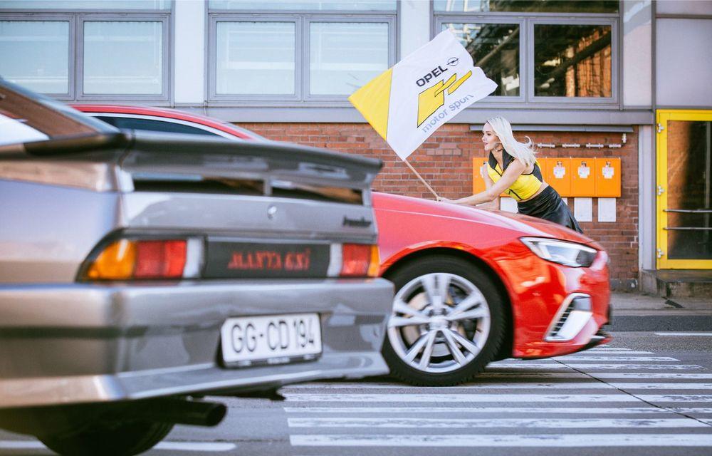 Opel lansează o campanie video pentru aniversarea celor 120 de ani de la debutul primului model al companiei: câteva exemplare legendare joacă în clipurile nemților - Poza 5