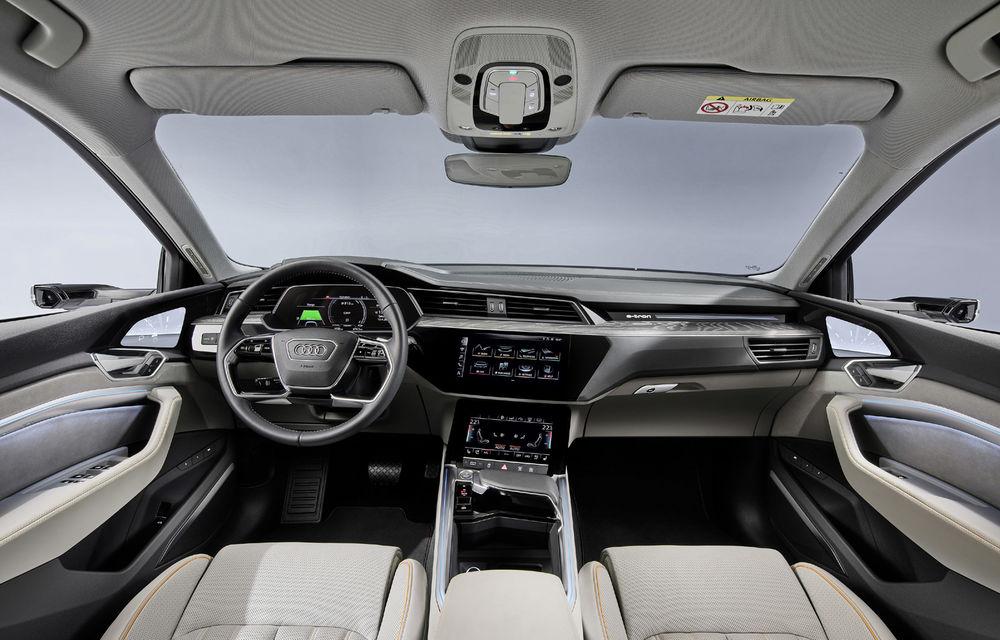 Audi e-tron va avea o versiune de bază: SUV-ul electric va fi disponibil într-o variantă cu 313 cai putere și autonomie de 300 de kilometri - Poza 13