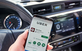 Studiu: Serviciile de ride-hailing precum Uber sau Bolt contribuie la creșterea traficului în centrul marilor orașe
