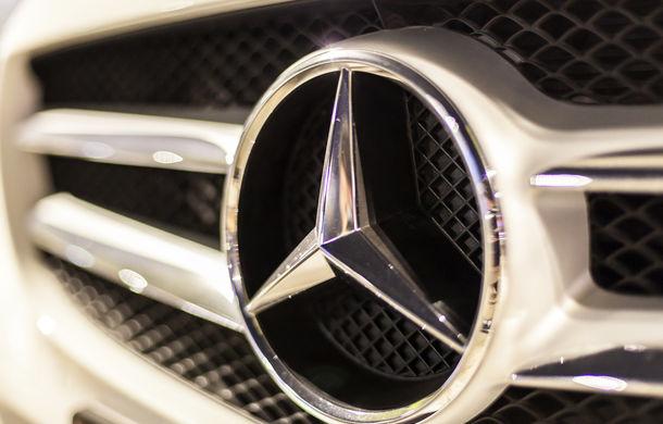 """Mercedes vrea să ajute clienții germani să evite interzicerea mașinilor diesel vechi: subvenție de 3.000 pentru un """"retrofit"""" al motoarelor Euro 5 - Poza 1"""