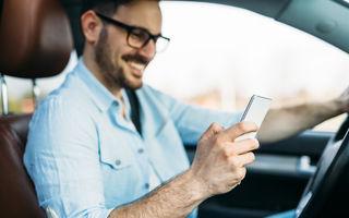 Șoferii nu mai au voie să țină telefonul în mână la volan: amenda maximă este de 1.160 lei