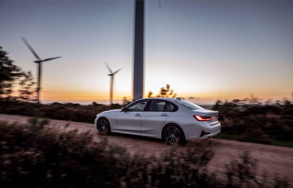BMW lansează versiunea plug-in hybrid pentru Seria 3: 330e Sedan are autonomie de 66 de kilometri și noul sistem XtraBoost de 40 CP - Poza 10