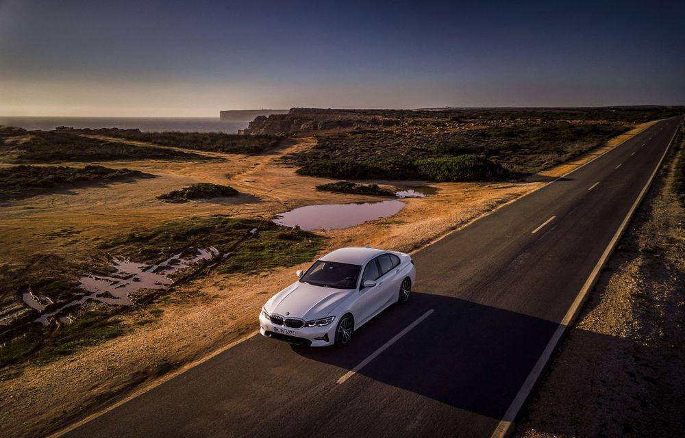 BMW lansează versiunea plug-in hybrid pentru Seria 3: 330e Sedan are autonomie de 66 de kilometri și noul sistem XtraBoost de 40 CP - Poza 3