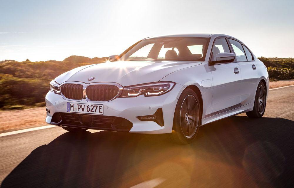 BMW lansează versiunea plug-in hybrid pentru Seria 3: 330e Sedan are autonomie de 66 de kilometri și noul sistem XtraBoost de 40 CP - Poza 1