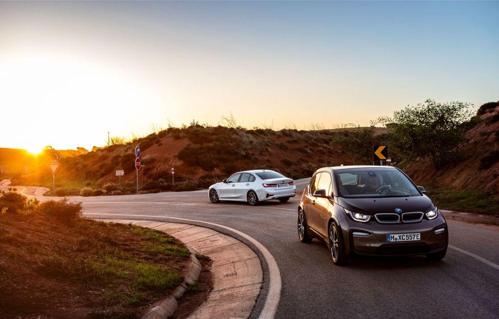 BMW lansează versiunea plug-in hybrid pentru Seria 3: 330e Sedan are autonomie de 66 de kilometri și noul sistem XtraBoost de 40 CP - Poza 8
