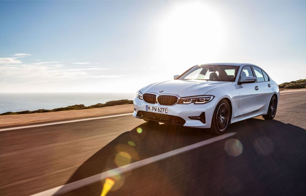 BMW lansează versiunea plug-in hybrid pentru Seria 3: 330e Sedan are autonomie de 66 de kilometri și noul sistem XtraBoost de 40 CP - Poza 5
