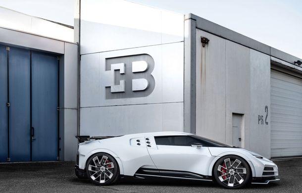 Bugatti a prezentat noul Centodieci: modelul special inspirat de legendarul EB110 va fi produs în 10 unități și va avea un preț de pornire de 8 milioane de euro - Poza 12