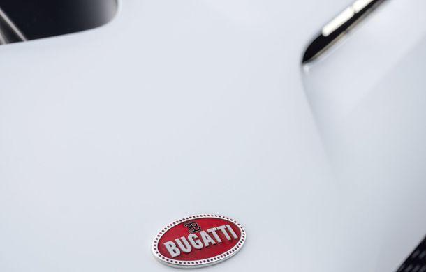 Bugatti a prezentat noul Centodieci: modelul special inspirat de legendarul EB110 va fi produs în 10 unități și va avea un preț de pornire de 8 milioane de euro - Poza 20