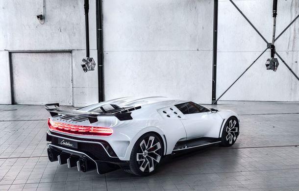 Bugatti a prezentat noul Centodieci: modelul special inspirat de legendarul EB110 va fi produs în 10 unități și va avea un preț de pornire de 8 milioane de euro - Poza 4