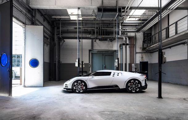 Bugatti a prezentat noul Centodieci: modelul special inspirat de legendarul EB110 va fi produs în 10 unități și va avea un preț de pornire de 8 milioane de euro - Poza 6
