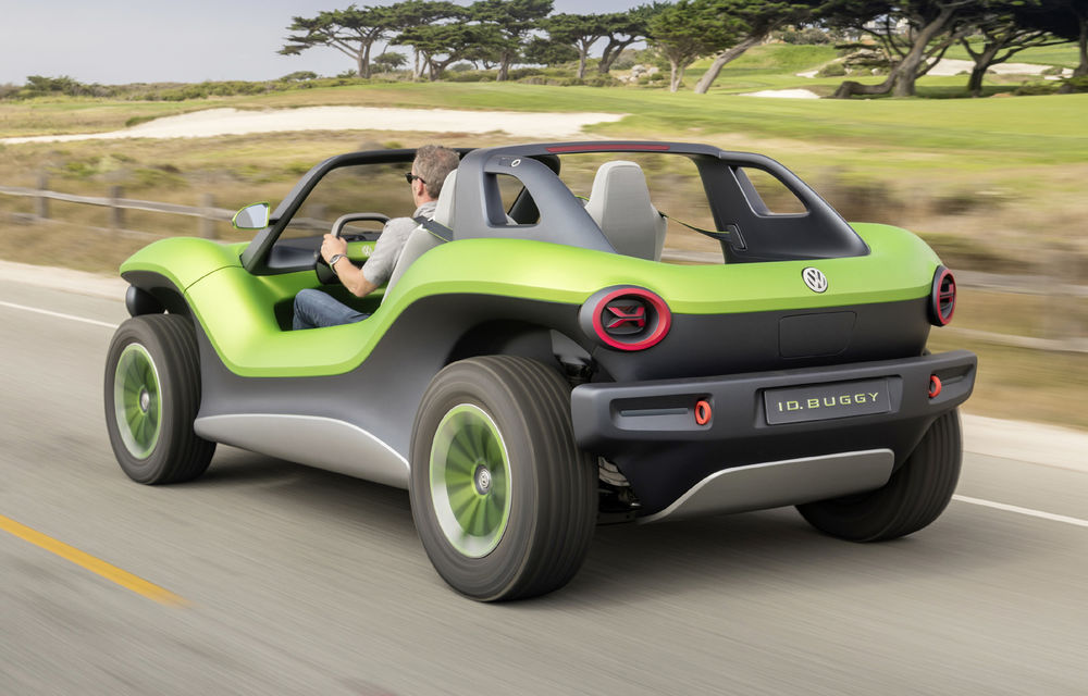 Volkswagen ID Buggy ar putea primi o versiune de serie: varianta de pre-producție a debutat în off-road la Concursul de Eleganță de la Pebble Beach - Poza 7