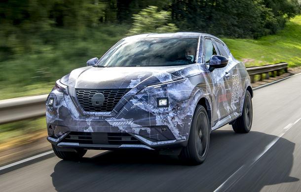 Primele imagini camuflate cu noua generație Nissan Juke: SUV-ul subcompact va avea jante de 19 inch, ampatament mărit și sistem ProPilot - Poza 7