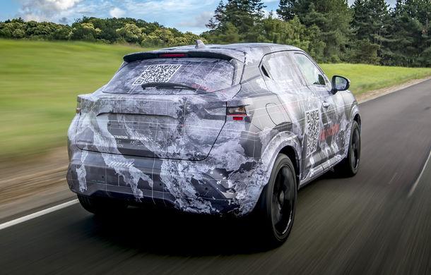 Primele imagini camuflate cu noua generație Nissan Juke: SUV-ul subcompact va avea jante de 19 inch, ampatament mărit și sistem ProPilot - Poza 9