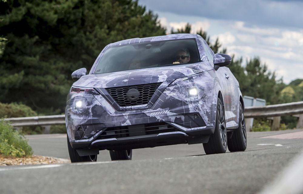 Primele imagini camuflate cu noua generație Nissan Juke: SUV-ul subcompact va avea jante de 19 inch, ampatament mărit și sistem ProPilot - Poza 14