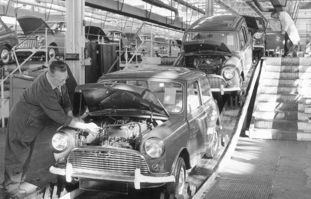 Mini împlinește 60 de ani: de la legendarele Morris Mini-Minor şi Austin Seven până la noul model electric Cooper SE - Poza 2