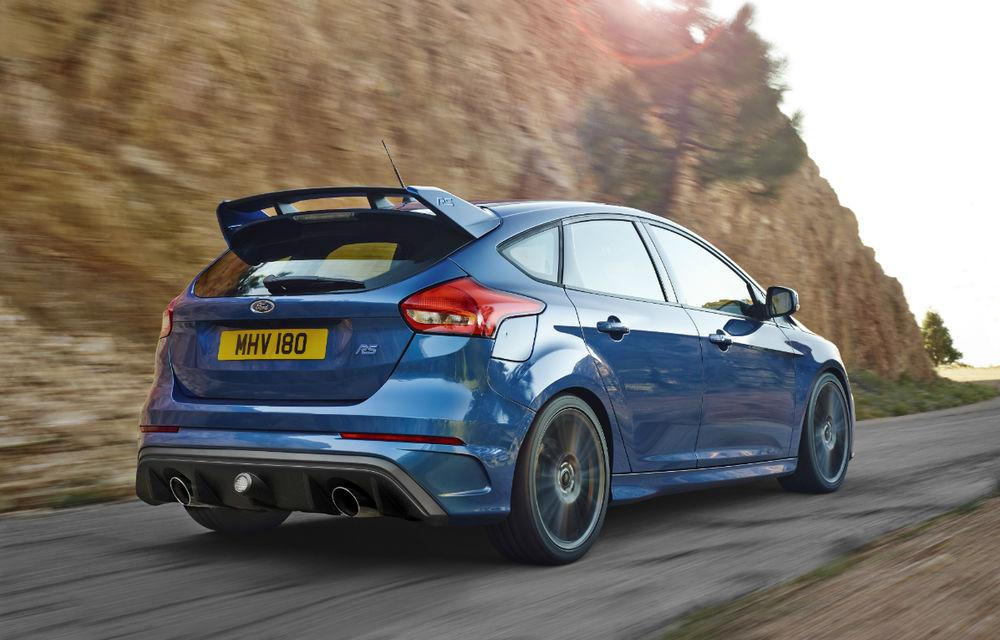 Informații despre viitoarea generație Ford Focus RS: Hot Hatch-ul compact ar putea primi un sistem electrificat de propulsie - Poza 1