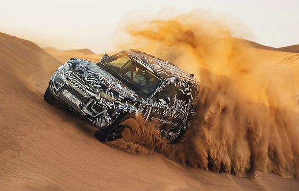 Teaser cu noua generație Land Rover Defender: modelul va fi prezentat pe 10 septembrie, la Frankfurt - Poza 1