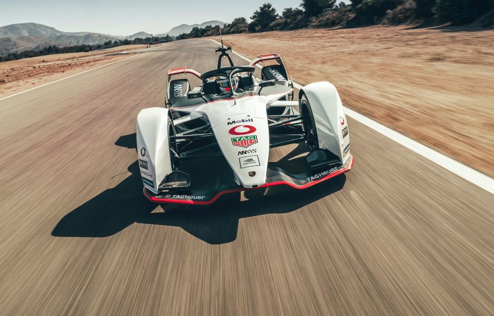 Porsche a prezentat noul monopost de Formula E 99X Electric: nemții vor debuta în competiția de electrice în sezonul 2019-2020 - Poza 3