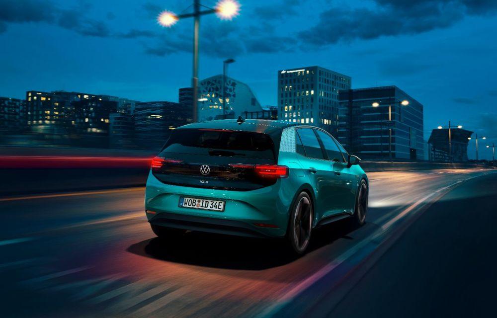 Am văzut noul Volkswagen ID.3 înaintea tuturor: toate detaliile despre revoluția electrică VW - Poza 12