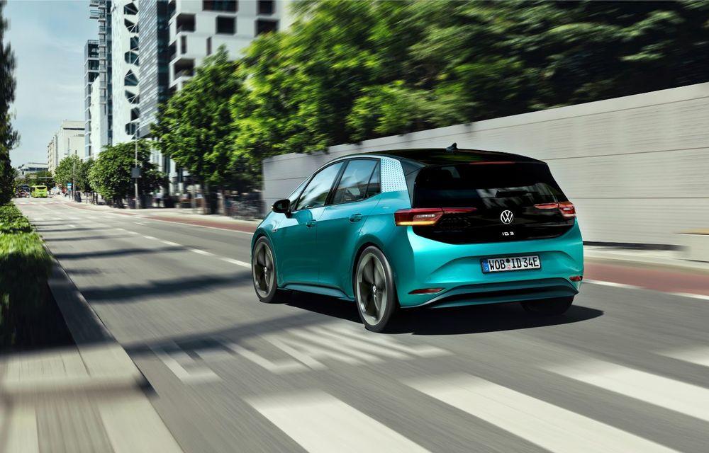 Am văzut noul Volkswagen ID.3 înaintea tuturor: toate detaliile despre revoluția electrică VW - Poza 7