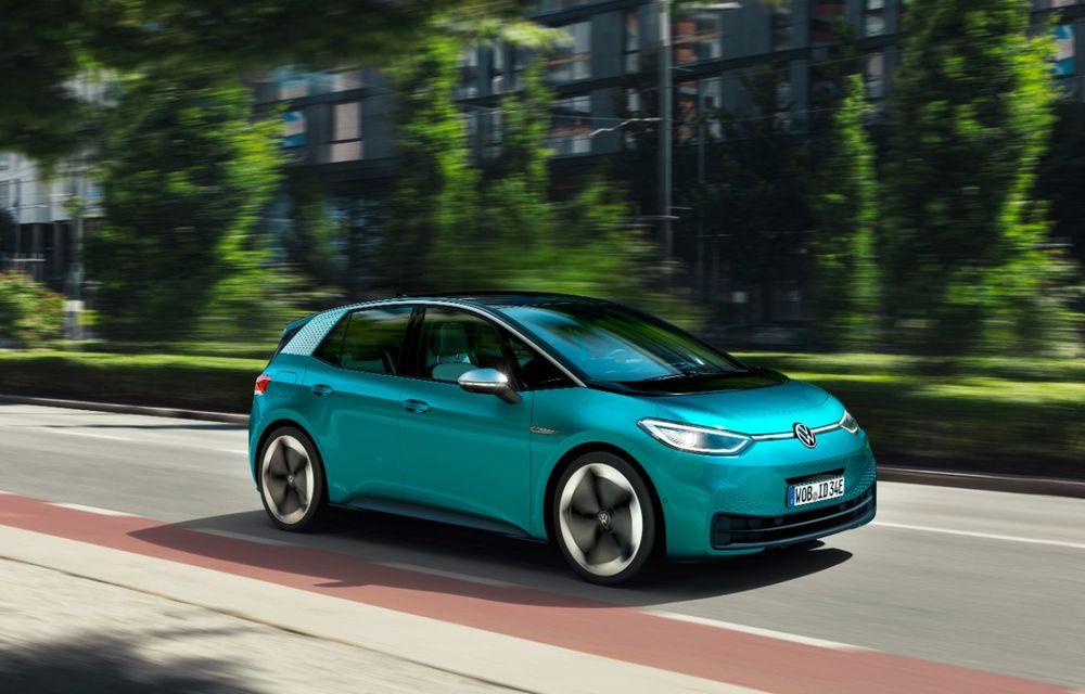 Am văzut noul Volkswagen ID.3 înaintea tuturor: toate detaliile despre revoluția electrică VW - Poza 6